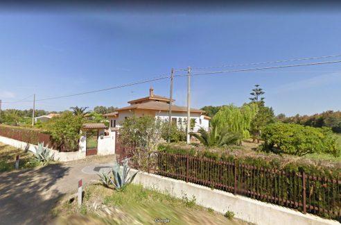 Località Porto Ferro, bellissima villa indipendente con terreno