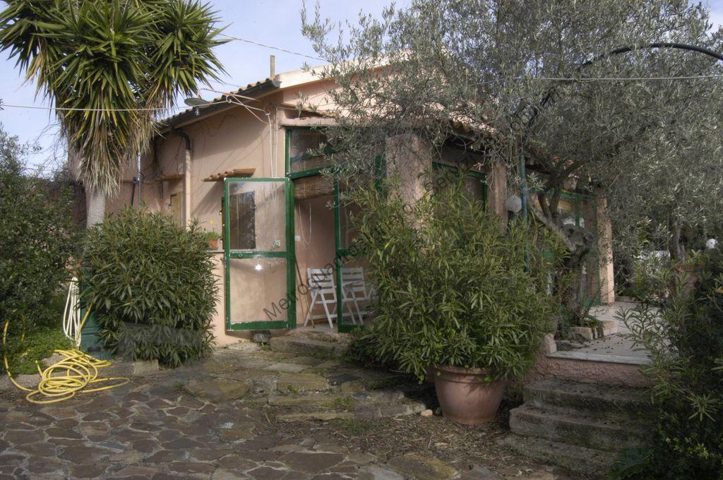 Casa in Campagna con terreno – zona Calabona